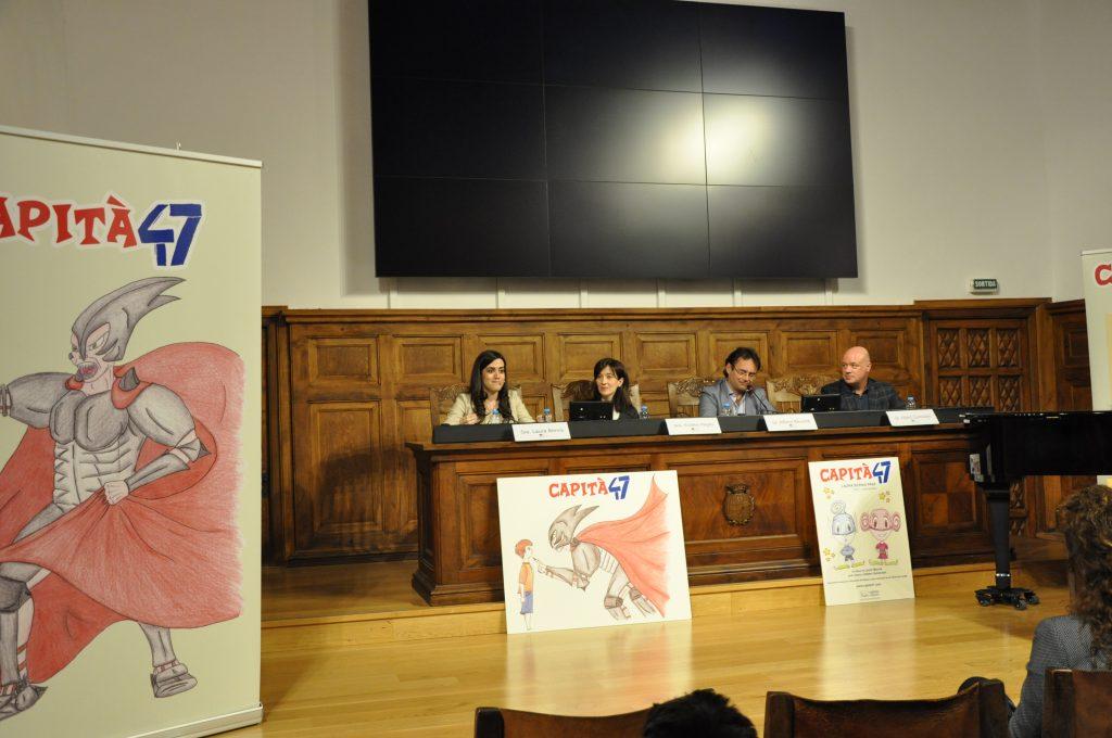 Presentació Capità 47 - IEI - Taula amb Laura Bernis